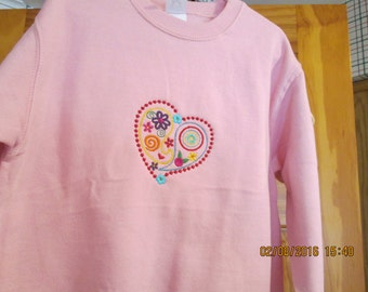 Cute embroidered heart sweatshirt-size 7-pink