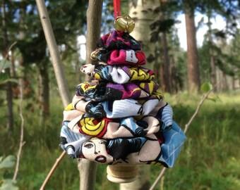 Primitive Wonder Woman Yo-Yo Christmas Tree Ornament