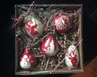Set 5 Christmas dried Gourd Ornaments Hand Painted Folk Art