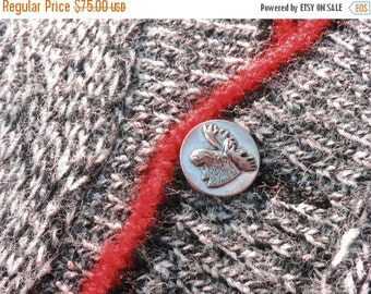 Mint Condition Men's 1950s McGregor Virgin Orlon Tweed Knit Red Trimmed Pewter Moose Button Christmas Sweater Vest