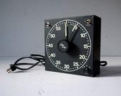 Vintage Gra Lab Darkroom Timer / Vintage Photography Timer / Gra Lab Model 300 Darkroom Timer / 60 minute Darkroom Timer / Black