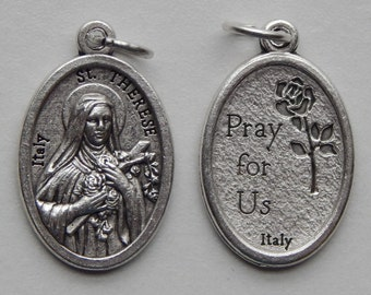5 Patron Saint Medal Findings - St. Therese, Die Cast Silverplate, Silver Color, Oxidized Metal, Made in Italy, Charm, Drop, RM1004