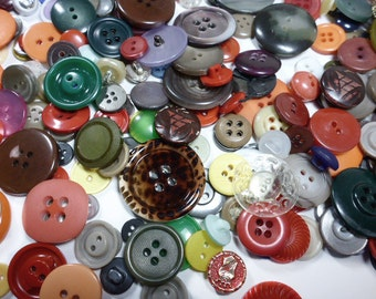 510 Plastic Buttons, Vintage and Contemporary
