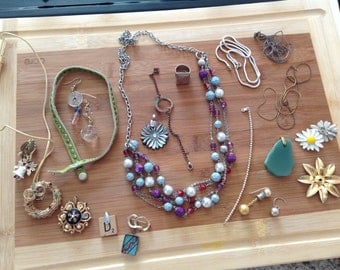 Vintage lot of costume jewelry for parts or to wear