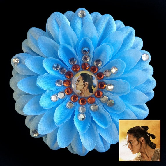 Rey Star Wars The Force Awakens Blue Penny Blossom Rhinestone Flower Barrette