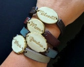 Womens Stamped Bracelet, Mimi, Oma, YaYa, Bubie, MawMaw, Mommy Bracelet, Personalized Medallion with color Leather Inspired side bars