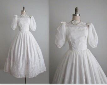 Vintage Wedding Dress // 70's Embroidered Eyelet White Chiffon Wedding Dress Gown