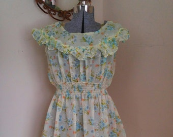 Mint Green Floral Airy Summer Dress 1960's Plus Size!
