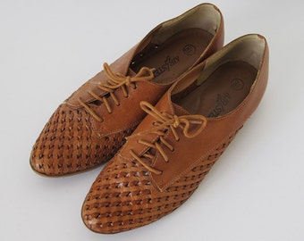 Vintage Tan Leather Woven Oxford Women's Shoes Lace-up Flats Size 8 Size 8.5