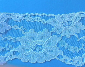 Wide Floral White Flat Lace Sewing Trim 5 Yards by 3  Inches Wide L0553