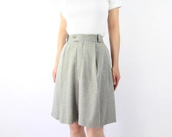VINTAGE Grey Shorts High Waist Pleated Long