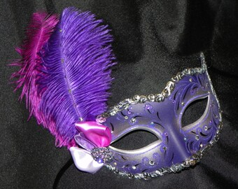 Venetian Feather Masquerade Mask in Purple and Silver