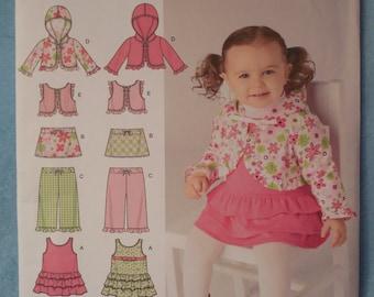 Simplicity 2572 babies