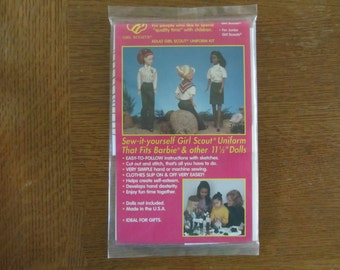 Sew-it yourself Girl Scout Uniform that fits Barbie & other 11 1/2 in dolls - NRFP - kit - Leader/Adult uniform