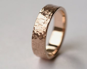 rock texture ring in 9k rose gold mens hammered wedding ring or chunky unisex ring - Etsy Wedding Rings