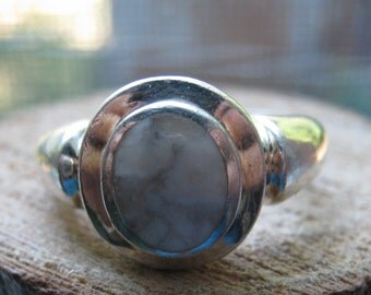 Vintage Sterling Silver Howlite Gem Stone Women's Ladies ring Size 7 Southwestern Stone