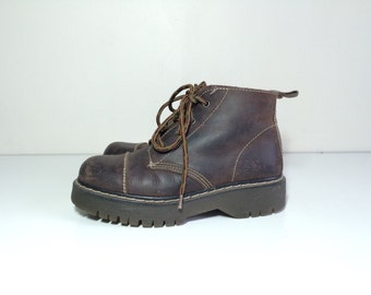 90s hilwe grubge brown leather ankle boots size 5-5.5