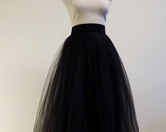 Tulle skirt .Black tulle skirt. Tea length tulle skirt. Woman tulle skirt. Classic tulle skirt. Tulle skirt.