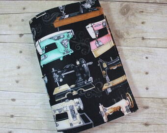 Fabric Fauxdori - Traveler's Notebook Cover - Extra Wide - Vintage Sewing Machine Print