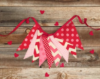 35% off - READY TO SHIP! - Valentine Pennant Banner, Bunting, Garland - Red and Pink Designer Fabrics
