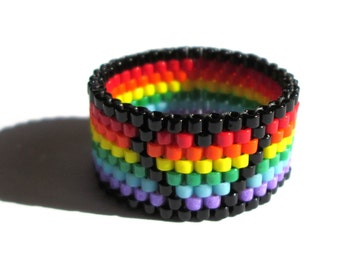 Rainbow Heart Beaded Ring, Summer Seed Bead Peyote Ring, Gay Pride Thin Band Ring, LoveIsLove Queer Lesbian Asexual LGBT LGBTQ