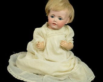 Hilda J.D.K. 1914 Bisque Blonde Baby Doll Gown Butler 1942 Reproduction L2X