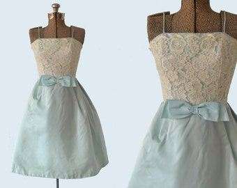1950s Lace Bodice Powder Blue Party Dress size XS