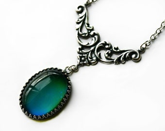 Mood Necklace - Color Changing Stone