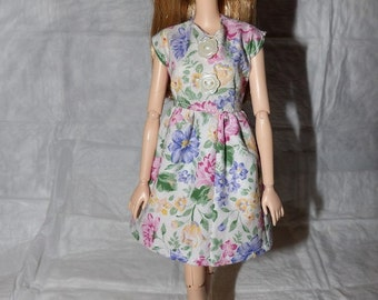 Cute floral print dress with flower buttons for Fashion Dolls - ed879