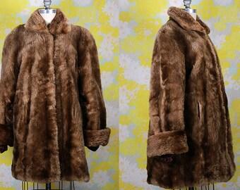 Vintage Vtg Vg 1940's 40's 1930's 30's Long Fur Coat Women's High Fashion Luxury Winter Apparel // Coat // Brown Fur Retro WOmen's Medium