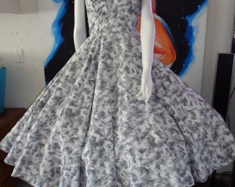 SALE 1950's WING Bust Novelty Print Halter Dress  Full Skirt  Beads and Rhinestones 26/27 Waist Rockabilly VlV