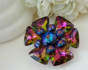 Vintage Ravioli Brooch / Gorgeous Multi-Color / Vibrant Colors / Flower Jewelry / Vintage Glass