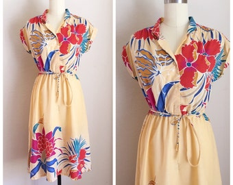 1970's Tropical Rayon Midi Dress, 70's Vintage cute Shirtwaist dress, Size small medium