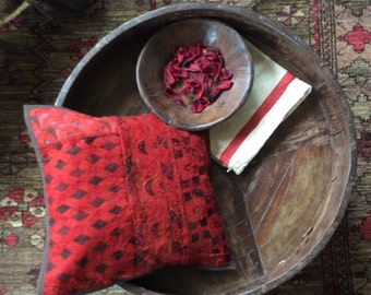 Pillow Cover Crimson Colours of India Shipping Included in the U.S.