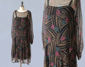 1920s Dress / 20s ART DECO Graphic Print! / Sheer Silk Chiffon Jungle Print