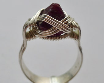 Silver Wire-Wrapped Spinel Crystal Pyramid Ring, sz. 9