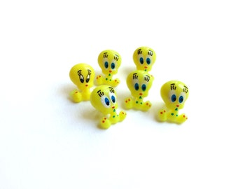 6 Tweety Buttons, Vintage Yellow Canary Buttons, Kids Buttons