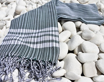 Turkishtowel-Soft-Hand woven,warp&weft cotton Bath,Beach Towel-net working draft weave pattern,weft colors-Forrest Green and white stripes