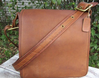 Rare Vintage Coach • Organizer Pouch • Tan Leather Bag with Flap • 1980s • NYC