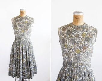 1950s Dress - 50s Dress - Floral Print Cotton Sleeveless Day Dress