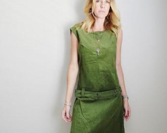 Vintage 60s 70s Olive Green Corduroy Sleeveless Kneelength Dress // womens medium