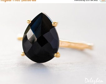 WINTER SALE - Black Onyx Ring - Gemstone Ring - Stacking Ring - Gold Ring - Tear Drop Ring - Prong Set Ring