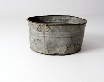 FREE SHIP vintage galvanized tub, large metal basin, galvanized bucket
