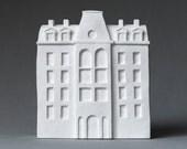 paris - freestanding art object