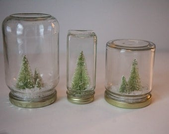 Snow Globe, Winter Vignette, Winter is coming, Snow, Repurposed jars, Snow covered trees