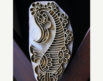 THANKSGIVING SALE Handmade Indian Wood and Brass Stamp Block - Paisley