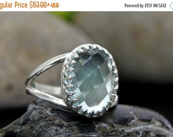 SUMMER SALE - Blue topaz ring,bright blue ring,gemstone ring,oval ring,cocktail ring,silver ring,delicate ring