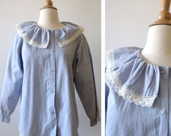 "70's Blue Cotton Blouse Top with Lace Trim ~ 42"" Waist"