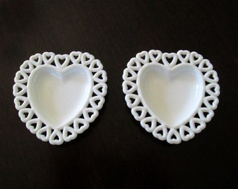 Vintage Milk Glass Heart Dish Set of 2 Wedding Ring Bearer Trinket Trays