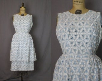 Blue & White Sleeveless Dress / 60's / small